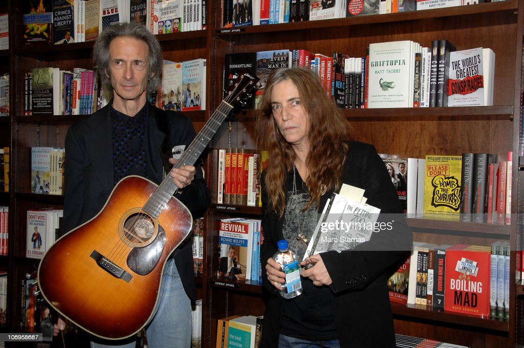 Patti Smith & Lenny Kaye Host A Tribute To Jim Carroll
