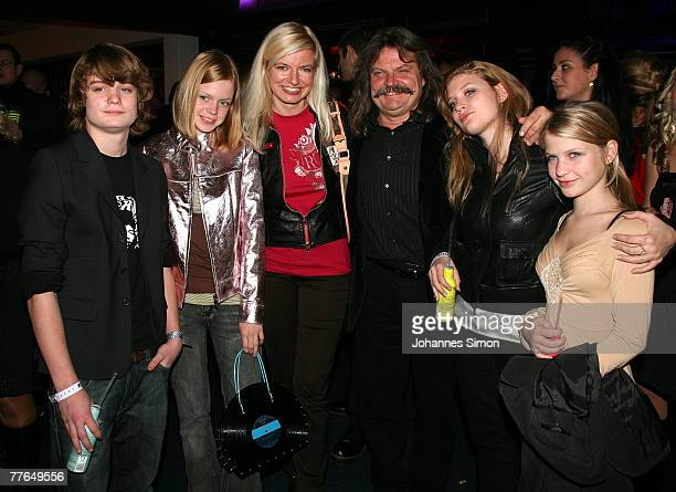 Musician Leslie Mandoki and his childen Gabor Lara and Julia and actress Michaela Merten and her daughter Julia Franck attend the BMG After Show...