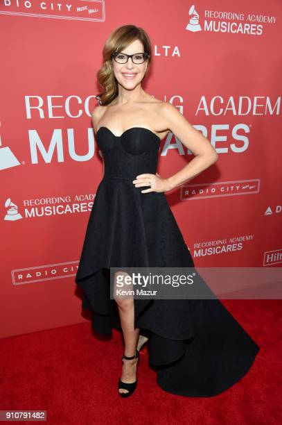Musician Lisa Loeb attends MusiCares Person of the Year honoring Fleetwood Mac at Radio City Music Hall on January 26 2018 in New York City