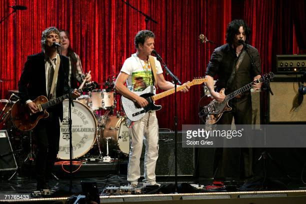 Musician Lou Reed and Jack White of the group The Raconteurs performs onstage at the 2006 MTV Video Music Awards at Radio City Music Hall August 31...