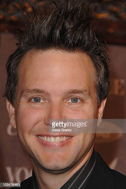 Musician Mark Hoppus arrives to The Art of Elysium 10th Anniversary Gala at Vibiana on January 12, 2008 in Los Angeles, California.