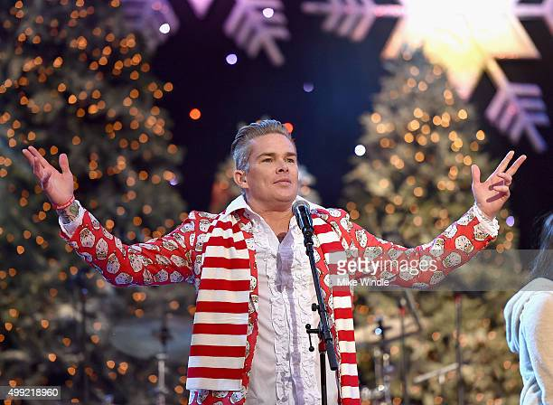 Musician Mark McGrath of Band of Merrymakers performs onstage during the 2015 Hollywood Christmas Parade on November 29, 2015 in Hollywood,...