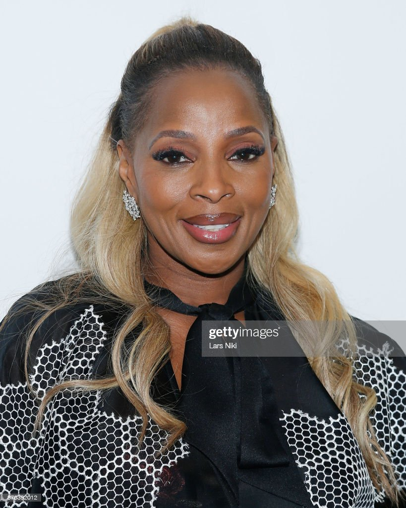Musician Mary J. Blige attends The Academy of Motion Picture Arts & Sciences Official Academy Screening of Mudbound at the MOMA Celeste Bartos Theater on November 17, 2017 in New York City.