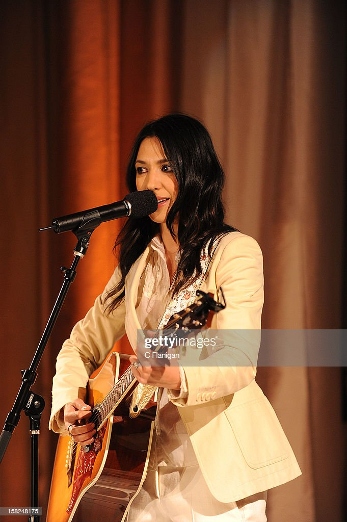 Musician Michelle Branch performs during the Global Green Gorgeous & Green Gala at The Bently Reserve on December 11, 2012 in San Francisco, California.