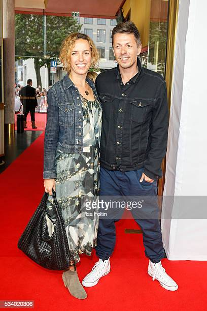 Musician Michi Beck and his wife Ulrike Fleischer attend the premiere of the film 'Seitenwechsel' at Zoo Palast on May 24 2016 in Berlin Germany