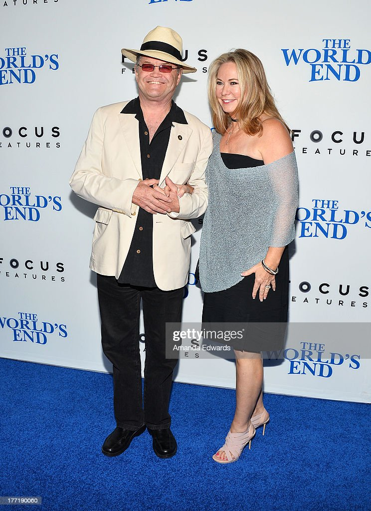 """""""The World's End"""" - Los Angeles Premiere : News Photo"""