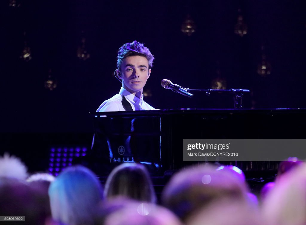 Musician Nathan Sykes performs onstage at Dick Clark's New Year's Rockin' Eve with Ryan Seacrest 2016 on December 31, 2015 in Los Angeles, CA.