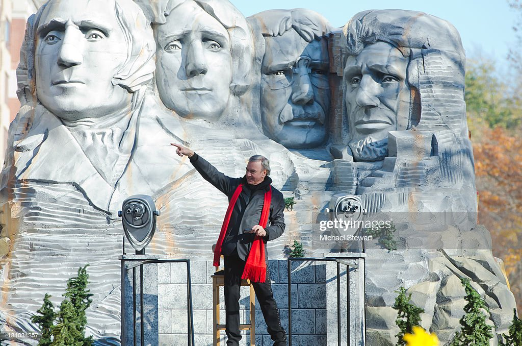 Musician Neil Diamond attends the 85th annual Macy's Thanksgiving Day Parade on November 24, 2011 in New York City.