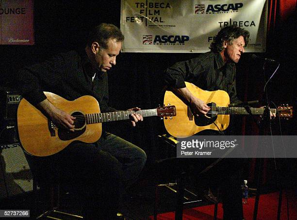 Musician Paul Buchanan performs at The ASCAP Music Lounge at the Tribeca Film Festival April 29, 2005 in New York City.