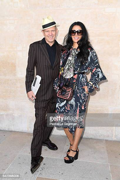 Musician Paul Simonon and a guest attend the Louis Vuitton Menswear Spring/Summer 2017 show as part of Paris Fashion Week on June 23, 2016 in Paris,...