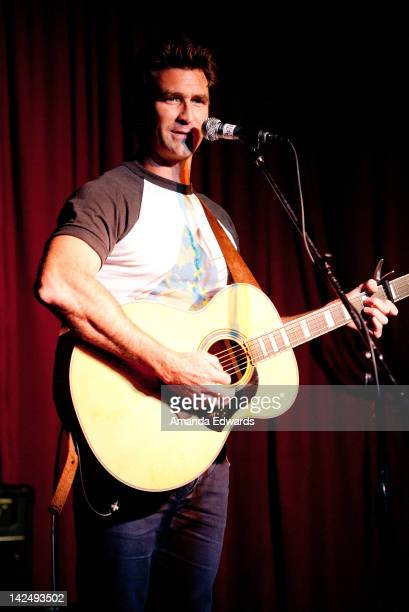Musician Pete Murray performs onstage at The Hotel Cafe on April 5 2012 in Hollywood California