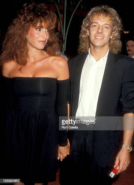 Musician Peter Frampton and wife Barbara Gold attend the In the Mood Hollywood Premiere on September 16 1987 at Mann's Chinese Theatre in Hollywood...