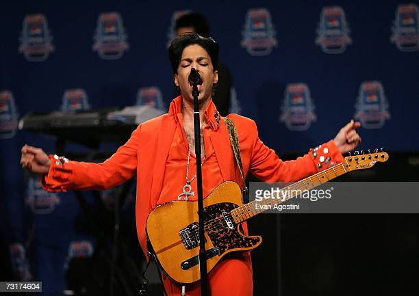 Musician Prince performs during the Super Bowl XLI HalfTime Press Conference at the Miami Convention Center on February 1 2007 in Miami Florida