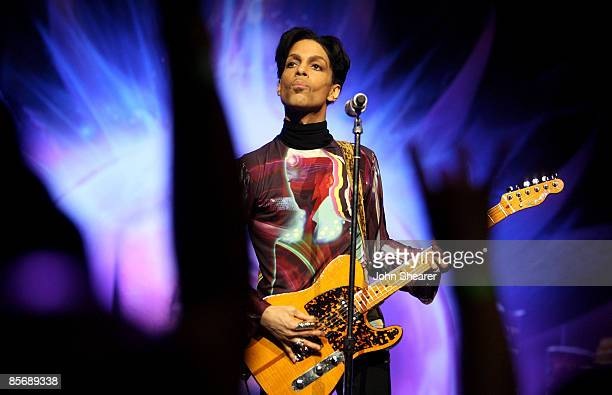 LOS ANGELES CA MARCH 28 Musician Prince performs his first of three shows onstage during One Night Three Venues hosted by Prince and Lotusflow3rcom...