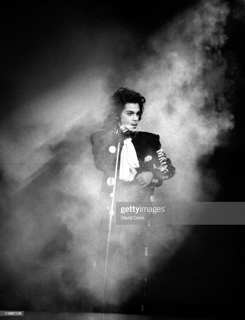 Prince Live At Wembley : Foto jornalística
