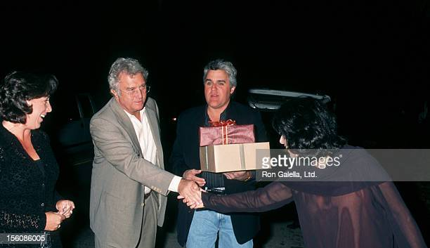 Musician Randy Newman wife Gretchen Newman Jay Leno and wife attending 'Birthday Party for Carrie Fisher' on October 25 1997 at Carrie Fisher's home...