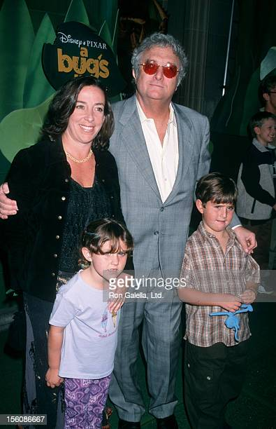 Musician Randy Newman wife Gretchen Newman son Patrick Newman and daughter Alice Newman attending the premiere of 'A Bug's Life' on November 14 1998...