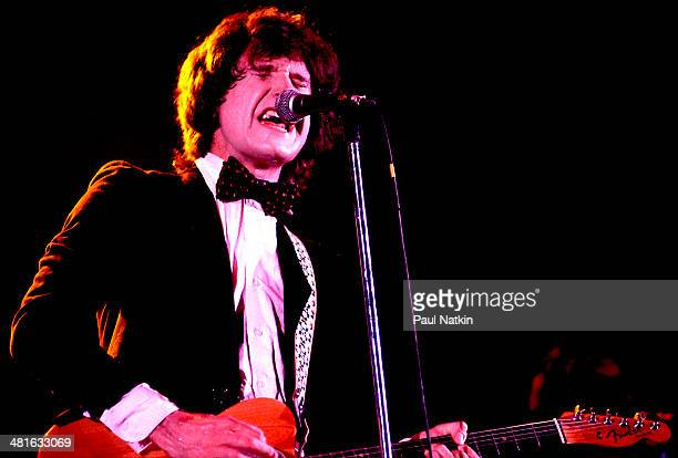 Musician Ray Davies of the group The Kinks performs onstage at the Uptown Theater Chicago Illinois June 11 1978