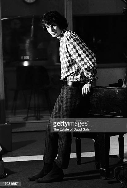 Musician record producer and songwriter Al Kooper poses for a portrait in a recording studio on December 30 1966 in New York City New York