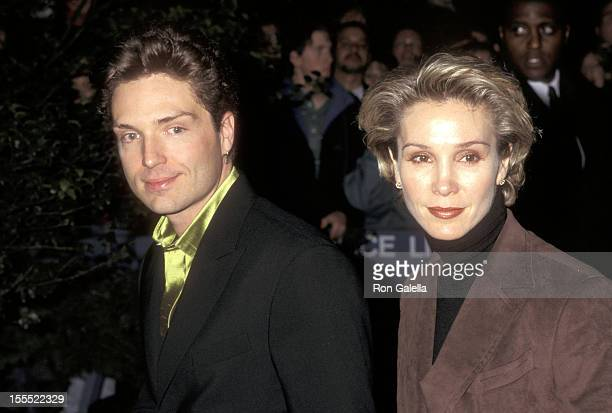 Musician Richard Marx and actress Cynthia Rhodes attend The Mirror Has Two Face New York City Premiere on November 10, 1996 at Ziegfeld Theater in...