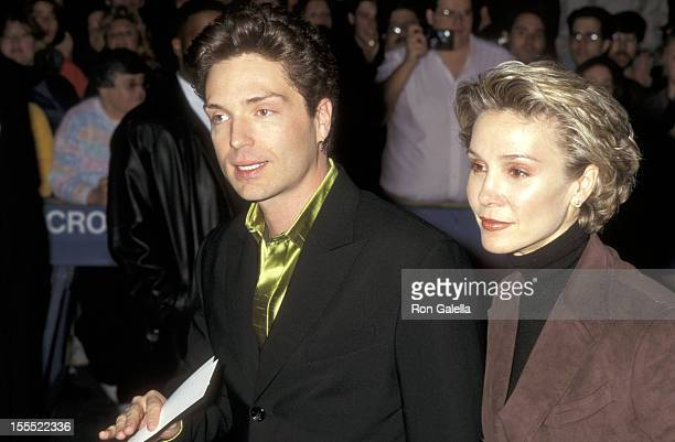 Musician Richard Marx and actress Cynthia Rhodes attend The Mirror Has Two Face New York City Premiere on November 10 1996 at Ziegfeld Theater in New...