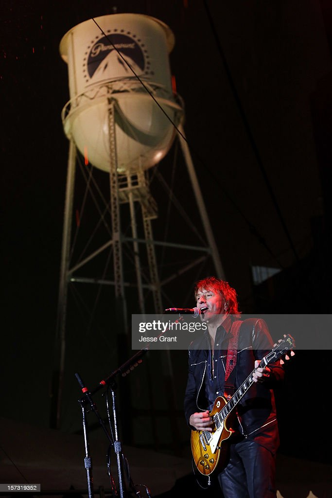 Musician Richie Sambora performs during the MasterCard Priceless Los Angeles Presents GRAMMY Artists Revealed Featuring Bon Jovi at Paramount Studios on December 1, 2012 in Hollywood, California.