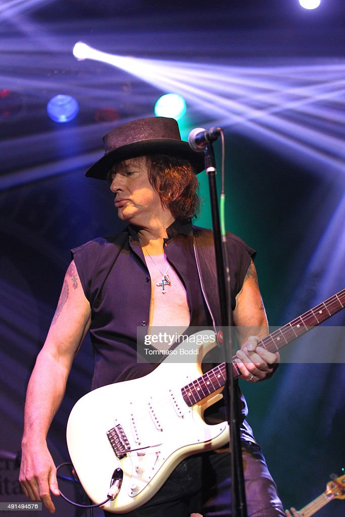 Musician Richie Sambora performs on stage during the Medlock Krieger Celebrity Golf Invitational 2015 - All Star Concert held at Moorpark Country Club on October 5, 2015 in Moorpark, California.