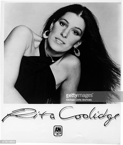 Musician Rita Coolidge poses for a portrait in circa 1977