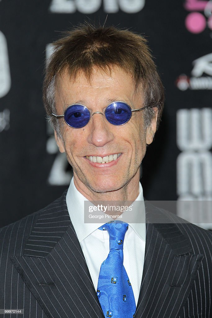 Musician Robin Gibb attends the World Music Awards 2010 at the Sporting Club on May 18, 2010 in Monte Carlo, Monaco.