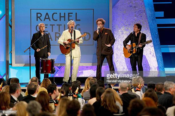 Musician Robyn Hitchcock and band perform onstage at Film Independent's 2009 Independent Spirit Awards held at the Santa Monica Pier on February 21...
