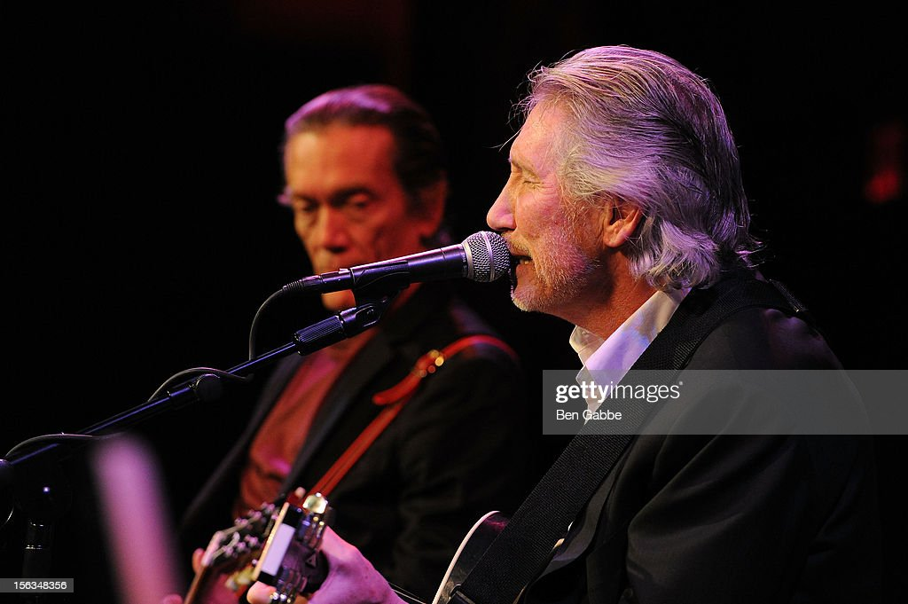 Musician Roger Waters performs at IAVA's Sixth Annual Heroes Gala at Cipriani 42nd Street on November 13, 2012 in New York City.