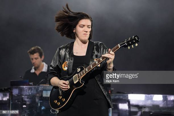 Musician Romy Madley Croft and Jamie xx of The xx perform onstage during weekend two day one of Austin City Limits Music Festival at Zilker Park on...