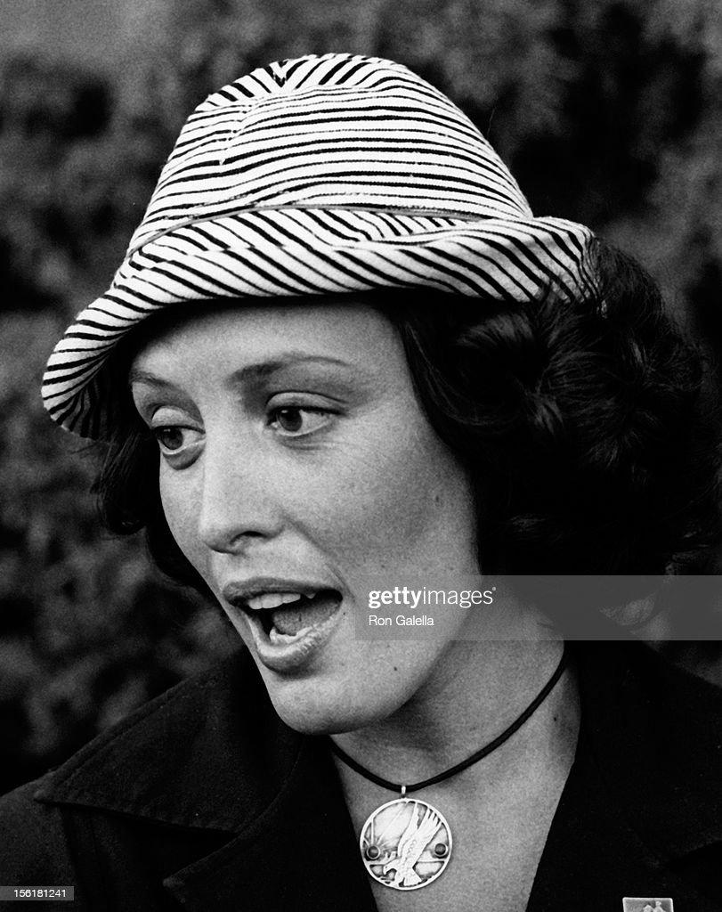 Joanie Bartels Hot nude Frances Robinson (actress),Julia Sawalha (born 1968)