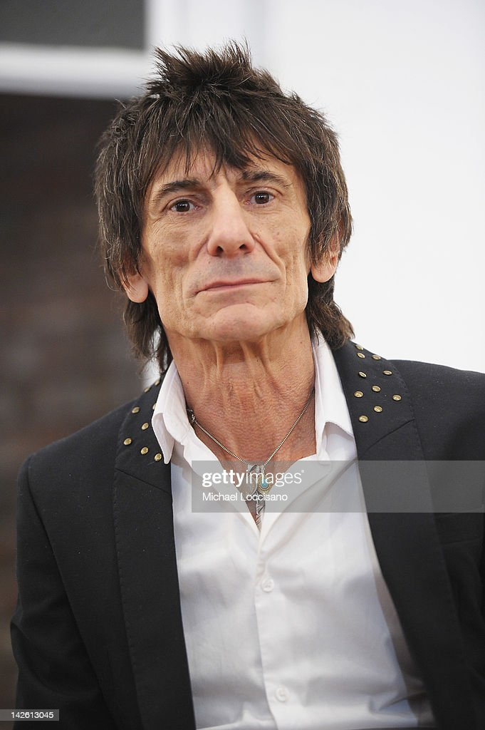 "Ronnie Wood ""Faces,Time And Places"" Exhibit Discussion"