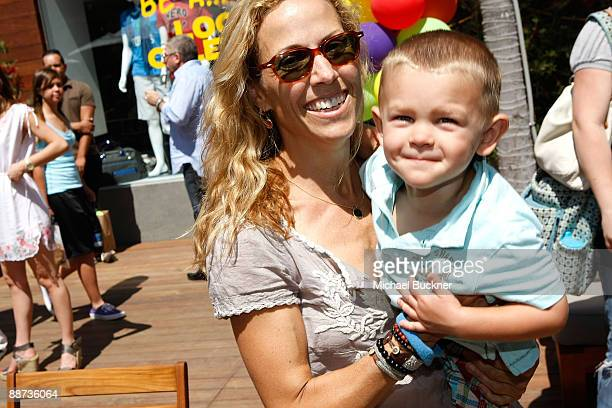 Musician Sheryl Crow and son Wyatt Steven Crow attend the EB Medical Research Foundation picnic presented by Sinupret for Kids and Yogen Fruz held at...