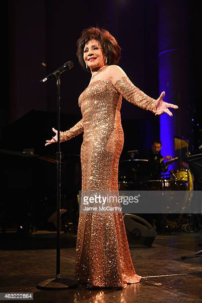 Musician Shirley Bassey performs onstage at the 2015 amfAR New York Gala at Cipriani Wall Street on February 11, 2015 in New York City.