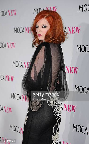 Musician Shirley Manson arrives at the MOCA NEW 30th anniversary gala held at MOCA Grand Avenue on November 14 2009 in Los Angeles California
