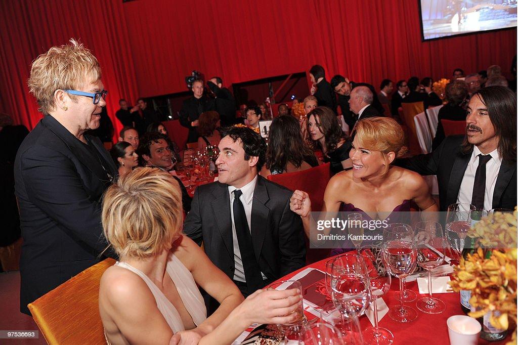 18th Annual Elton John AIDS Foundation Oscar Party � Inside : News Photo