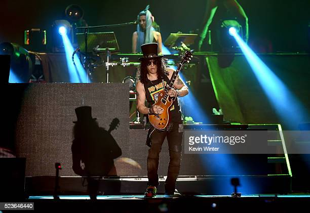 Musician Slash of Guns N' Roses performs onstage during day 2 of the 2016 Coachella Valley Music Arts Festival Weekend 2 at the Empire Polo Club on...