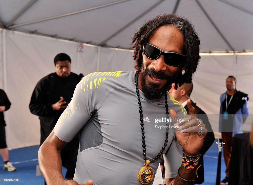 Musician Snoop Lion attends GBK and DirecTV Celebrity Beach Bowl Thank You Lounge at DTV SuperFan Stadium at Mardi Gras World on February 2, 2013 in New Orleans, Louisiana.