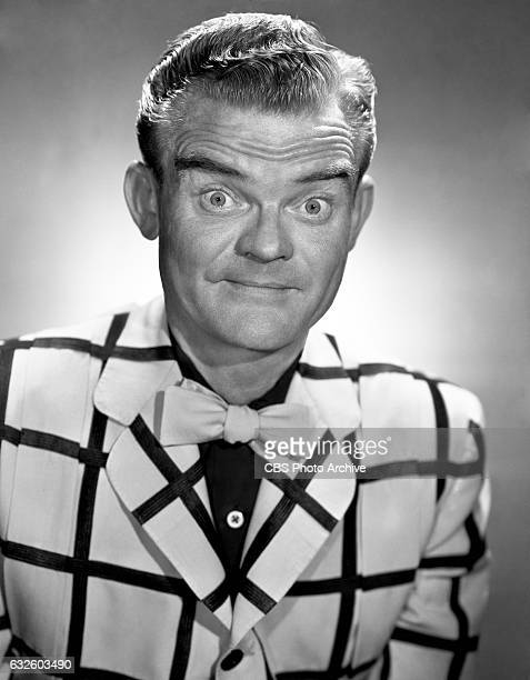 """Musician Spike Jones, CBS Radio personality and host of the """"Spotlight Revue"""". Image dated: August 23, 1948 Hollywood, CA."""