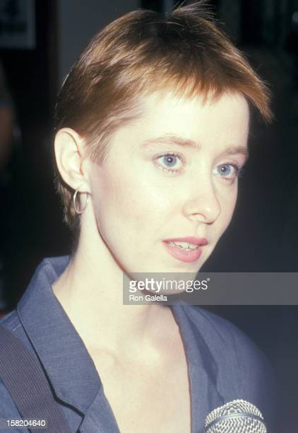 Musician Suzanne Vega attends the Fifth Annual MTV Video Music Awards on September 7 1988 at Universal Amphitheatre in Universal City California