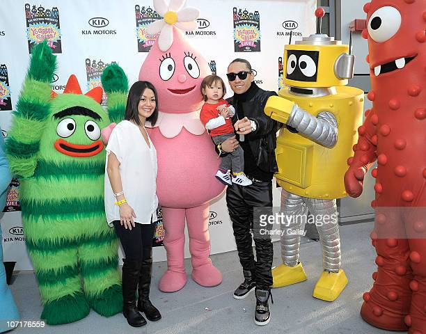 Musician Taboo wife Jaymie Dizon and son Jimmy Gomez attend YO GABBA GABBA @ KIA PRESENTS YO GABBA GABBA LIVE THERE'S A PARTY IN MY CITY produced by...