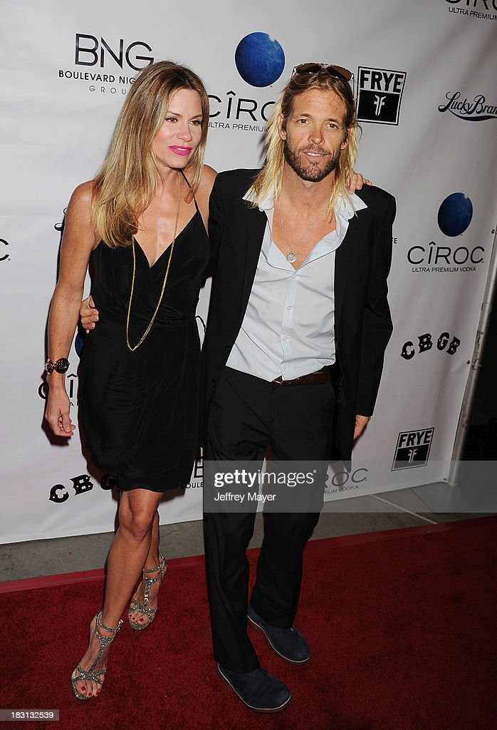 Musician Taylor Hawkins arrives at the 'CBGB' Special Screening at ArcLight Cinemas on October 1, 2013 in Hollywood, California.