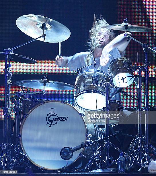Musician Taylor Hawkins of the Foo Fighters performs at Spike TV's 2007 'Video Game Awards' held at the Mandalay Bay Events Center on December 7 2007...