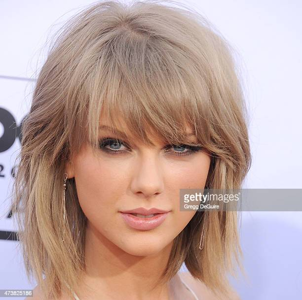 Musician Taylor Swift arrives at the 2015 Billboard Music Awards at MGM Garden Arena on May 17 2015 in Las Vegas Nevada