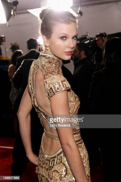 Musician Taylor Swift arrives at the 54th Annual GRAMMY Awards held at Staples Center on February 12, 2012 in Los Angeles, California.