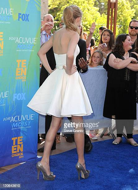 Musician Taylor Swift attends the 2011 Teen Choice Awards at Gibson Amphitheatre on August 7 2011 in Universal City California
