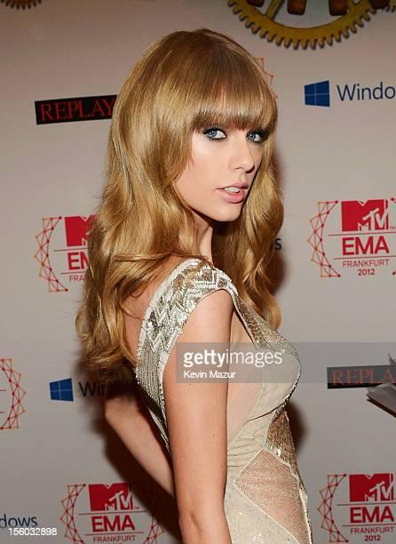 Musician Taylor Swift attends the MTV EMA's 2012 at Festhalle Frankfurt on November 11 2012 in Frankfurt am Main Germany