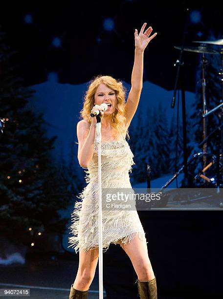 Musician Taylor Swift performs during the 2009 Jingle Ball at Nokia Theatre LA Live on December 5 2009 in Los Angeles California